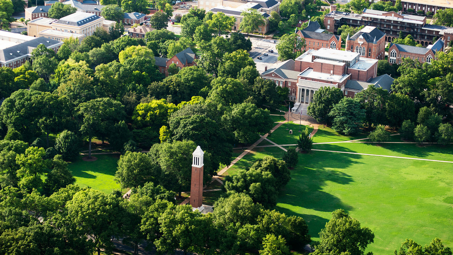 University of Alabama - Top 20 Most Affordable Accelerated Master's in Social Work Online for 2018